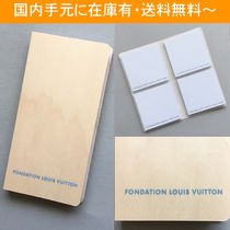 LOUIS VUITTON 財団美術館 POST IT DISPENSER(付箋)
