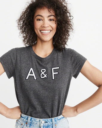 Abercrombie & Fitch Tシャツ・カットソー 送料込み☆レディース アップリケTシャツ【LOGO TEE】(7)
