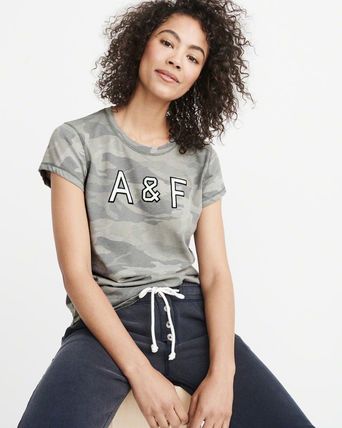 Abercrombie & Fitch Tシャツ・カットソー 送料込み☆レディース アップリケTシャツ【LOGO TEE】(10)
