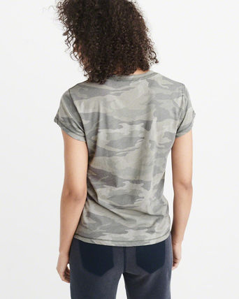 Abercrombie & Fitch Tシャツ・カットソー 送料込み☆レディース アップリケTシャツ【LOGO TEE】(11)