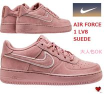 Love it 大人もOK AIR FORCE 1 LV8 SUEDE