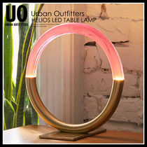 即納★URBAN OUTFITTERS HELIOS LED TABLE LAMP★39834031-068