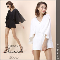 【国内発送・関税込】Chicwish★ Playsuit with Cape Sleeves