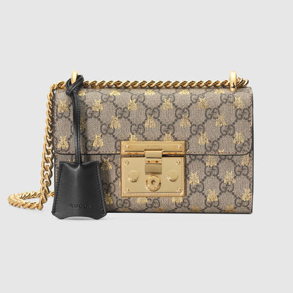 luxury good and gucci Luxury goods market in china 2015-2019 luxury goods are different from necessity goods as the demand for these goods increases with an increase in income luxury goods consist of watches, cosmetics, perfume, personal care products, leather goods , men's wear, jewelry, footwear, women's wear, and accessories.