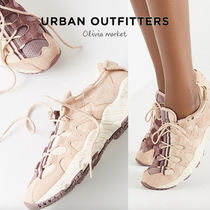 ♡Urban Outfitters♡asics ピンクスニーカー