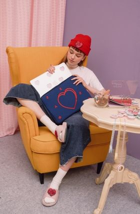 MAZZZZY スマホケース・テックアクセサリー heart laptop pouch/indi pink/blue/13インチ/2色/mazzzzy(16)