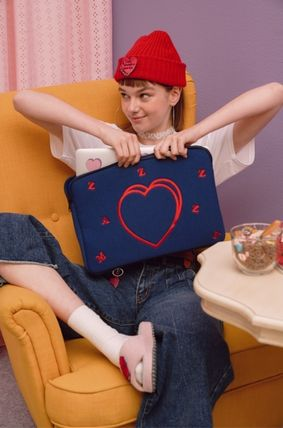MAZZZZY スマホケース・テックアクセサリー heart laptop pouch/indi pink/blue/13インチ/2色/mazzzzy(17)