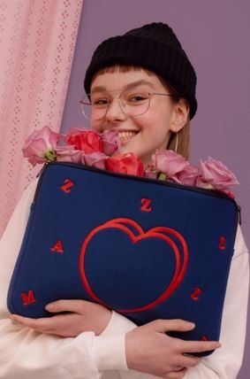 MAZZZZY スマホケース・テックアクセサリー heart laptop pouch/indi pink/blue/13インチ/2色/mazzzzy