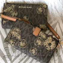 ヤマト便★MICHAEL KORS JET SET TRAVEL WRISTLET 35T8GTVW7B
