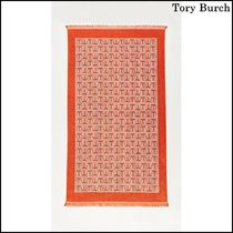 【Tory Burch(トリーバーチ)】T Tile Beach Towel