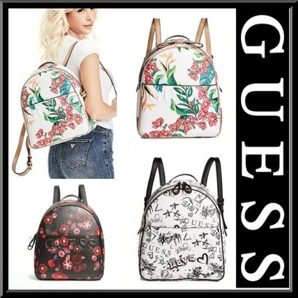 【Guess】新作 プリントが可愛いバックパック リュックサック