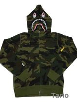 A BATHING APE(アベイシングエイプ) パーカー・フーディ 送料込!A BATHING APE WOODLAND CAMO SHARK FULL ZIP HOODIE XL