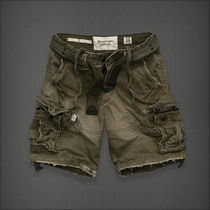A&F Cargo Shorts 人気の OLIVE