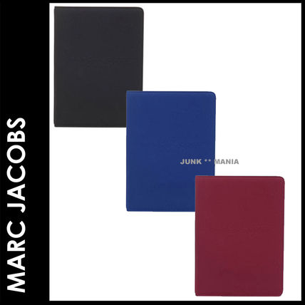 MARC JACOBS スマホケース・テックアクセサリー ★追跡&関税込【即発送・MARC JACOBS】TABLET NOTEBOOK