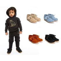 OCTOBERS VERY OWN(オクトーバーズ ベリー オウン) キッズブーツ NEW !!Drakeプロデュース☆KIDS OVO X CLARKS WALLABEE BOOT