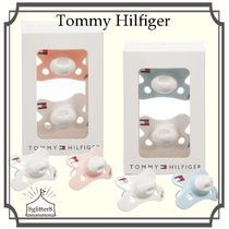 Tommy Hilfiger☆Babyおしゃぶり2pack
