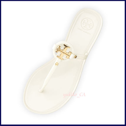 Tory Burch サンダル 【国内発送】Mini Miller Jelly Thong Sandal セール(2)