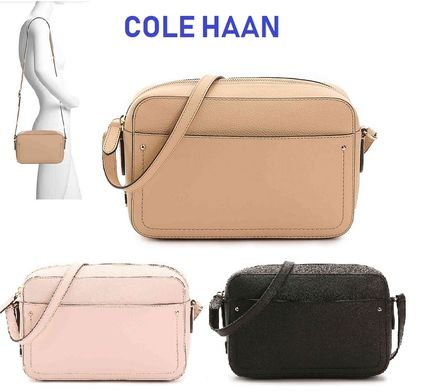 セール!Cole Haan Camera Leather Crossbody Bag