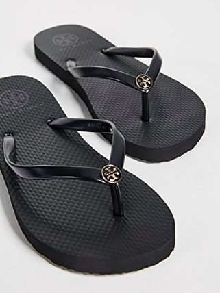 Tory Burch サンダル・ミュール 【TORY BURCH】Solid Thin Flip Flops  * ビーチサンダル(13)