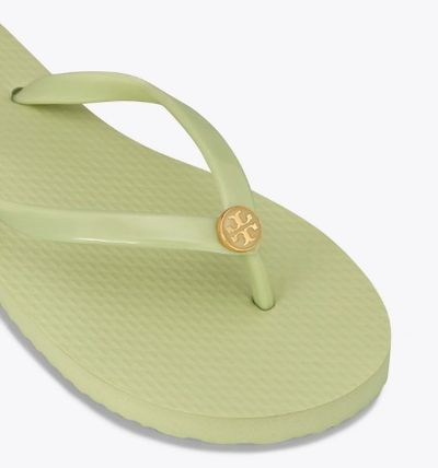 Tory Burch サンダル・ミュール 【TORY BURCH】Solid Thin Flip Flops  * ビーチサンダル(15)