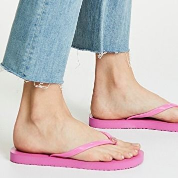 Tory Burch サンダル・ミュール 【TORY BURCH】Solid Thin Flip Flops  * ビーチサンダル(18)