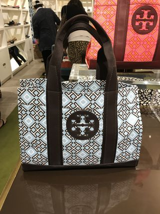 Tory Burch トートバッグ 最新トリーバーチ*4T PRINTED TOTE/36720円