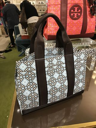 Tory Burch トートバッグ 最新トリーバーチ*4T PRINTED TOTE/36720円(2)