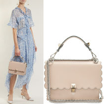 FE2069 KAN I BAG WITH WAVY DETAIL