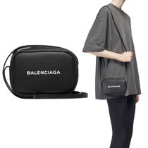 BALENCIAGA EVERYDAY CAMERA BAG XS 小さなロゴが可愛い