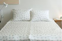 【Dailylike】 100% Rayon bedding set (布団+パッド+枕カバー2)