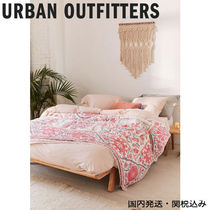 ☆【URBAN OUTFITTERS】フラワーメダリオンリバーシブルキルト☆