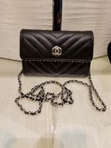 2018 F/W★CHANEL 最新作★Clutch with chain in BLK