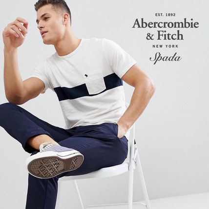 Abercrombie & Fitch Tシャツ・カットソー SALE【A&F】ロゴポケット 半袖 Tシャツ ホワイト / 送料無料