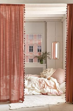 Urban Outfitters カーテン 大人気♪ Urban Outfitters Pompom Curtain カーテン(7)