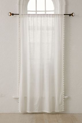 Urban Outfitters カーテン 大人気♪ Urban Outfitters Pompom Curtain カーテン(11)