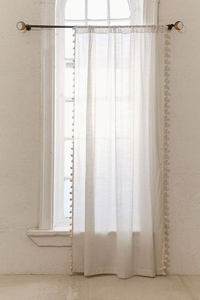 Urban Outfitters カーテン 大人気♪ Urban Outfitters Pompom Curtain カーテン(12)