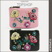 【国内発送・関税込】TOPSHOP★Floral Embroidered Zip Purse