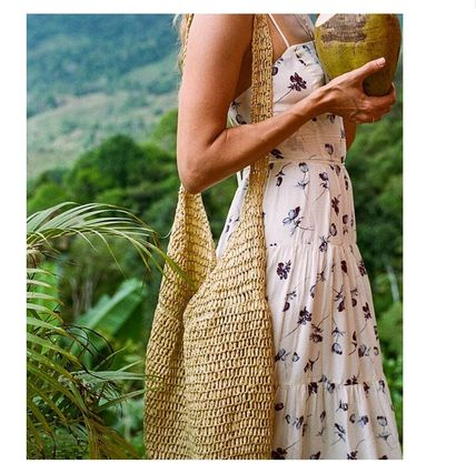 """Urban Outfitters トートバッグ """"Urban Outfitters""""夏素材 ストロートートSlouchy Straw Tote (6)"""