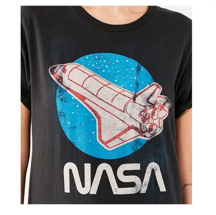Urban Outfitters Tシャツ・カットソー Urban Outfitters オリジナル キュートな NASA レトロ Tシャツ (5)