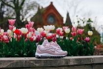 "★WMNS★[NIKE]AIR MAX 98 ""Barely Rose/Particle Rose"""