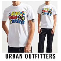 """""""Urban Outfitters"""" Chinatown Market Vibes Tシャツ"""