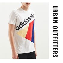 """""""Urban Outfitters"""" アディダス Tシャツ adidas Tribe Tee"""