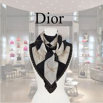 【Dior】AW18★140cm正方形 黒×白 チェス盤モチーフ ストール