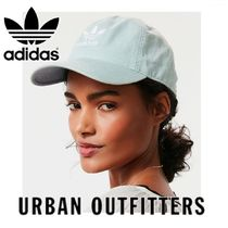 """adidas ロゴ ベースボール キャップ """"Urban Outfitters"""""""