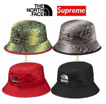★ Supreme ★ The North Face Snakeskin Reversible Crusher
