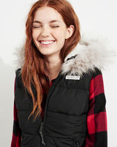 【Hollister】Sherpa-Lined Hooded Puffer Vest 裏ボア