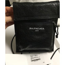 直営店限定入荷!【Balenciaga】Explorer leather pochette