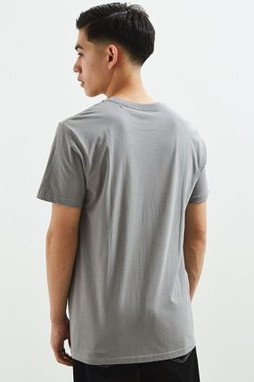 Urban Outfitters Tシャツ・カットソー Urban Outfitters☆Patagonia Up And Out Tシャツ☆セール中!(2)