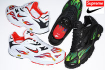 17 week Supreme  Nike Air Strike Spectrum Plus