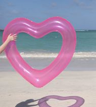 ハート型 BEACH, PLEASE! JUMBO HEART INNERTUBE - TRANSLUCENT